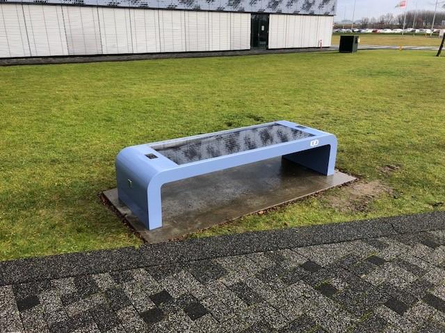 Solar bench park
