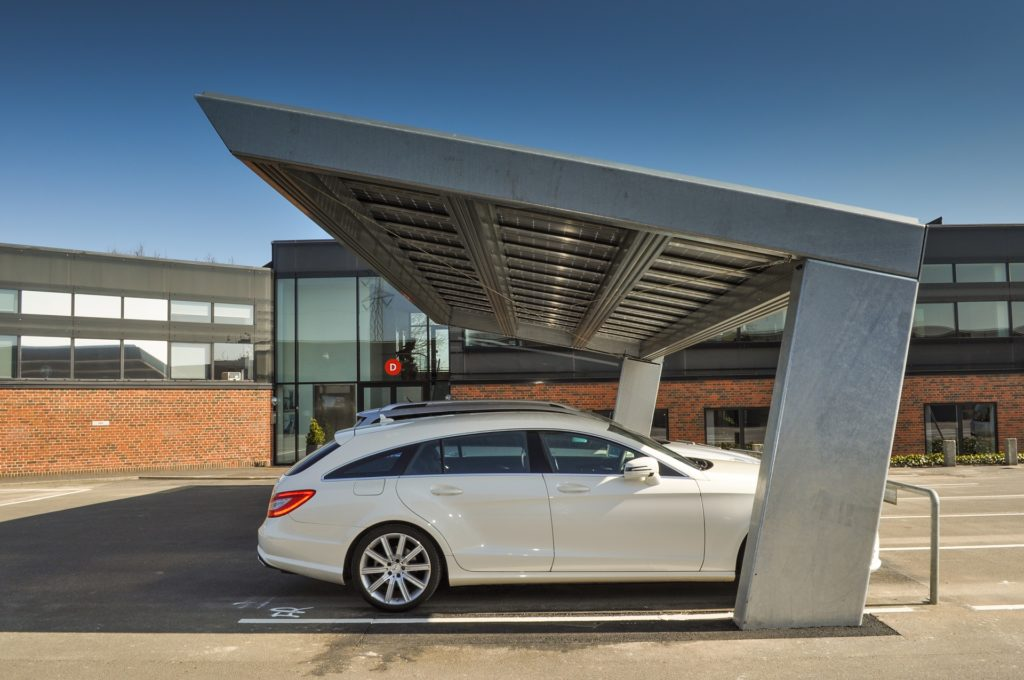 Solar carport parkeerplaats